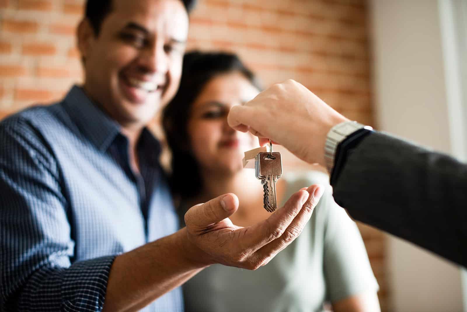 Por miedo a ser perjudicados, los propietarios ponen más difícil y caro el alquiler de sus viviendas